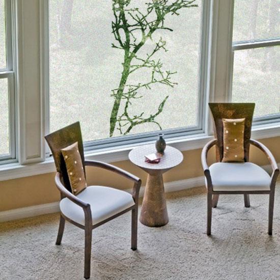 naklejka na okno z motywem drzewa
