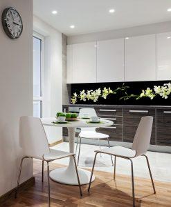 folia na szybę w kuchni białe kwiaty