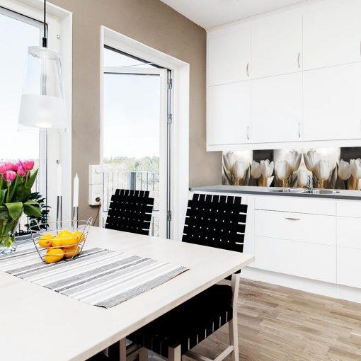 naklejka pod szybę białe tulipany do kuchni