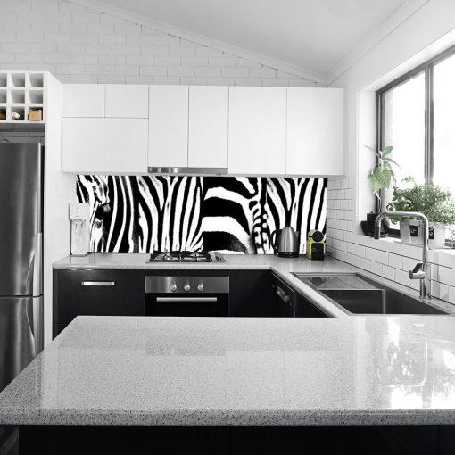 laminat zebra do kuchni na szklany panel