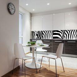 fototapeta zebra na szklany panel w kuchni