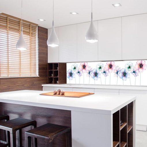 laminat w kwiaty pod szybę w kuchni