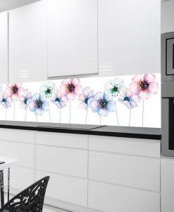 naklejka z kwiatami pod szybę w kuchni