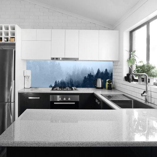 fotolaminat z lasem na szkło w kuchni