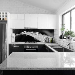 okleina na szkło w kuchni krople wody na liściu