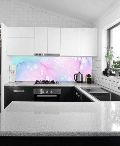 laminat z motywem akwareli na szkło w kuchni
