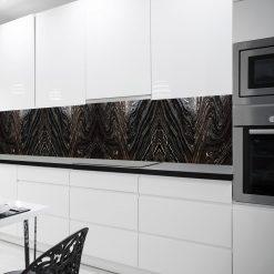 okleina z czarną abstrakcją na szybę w kuchni