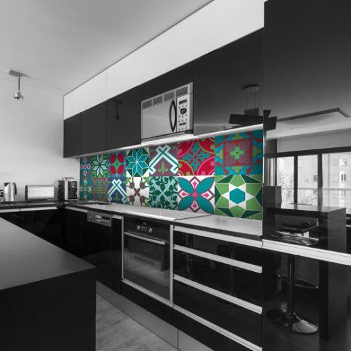 naklejka na szkło w kuchni marokańskie wzory